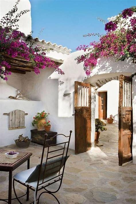 mediterranean decorating best 25 mediterranean decor ideas on pinterest tuscan homes mediterranean style kitchen
