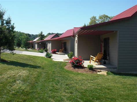 Cottages In Santa Santa S Lakeside Cottages Prices Cottage Reviews