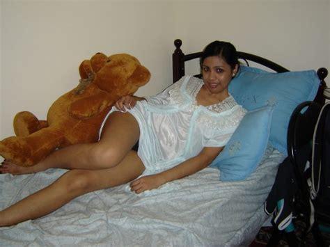 Mallu Moti Girl Nude Boobs Removing Nighty Latest Hd Photo Gallery