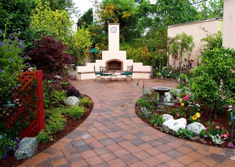 Desert Landscape Ideas For Backyards by Landscaping Your Backyard Appealing Desert Landscaping