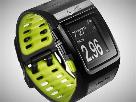 bold nike sportwatch gps trending gear coolstuff