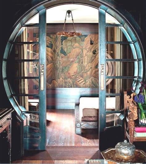 keyhole doorway swooning over the keyhole doorway with sliding doors