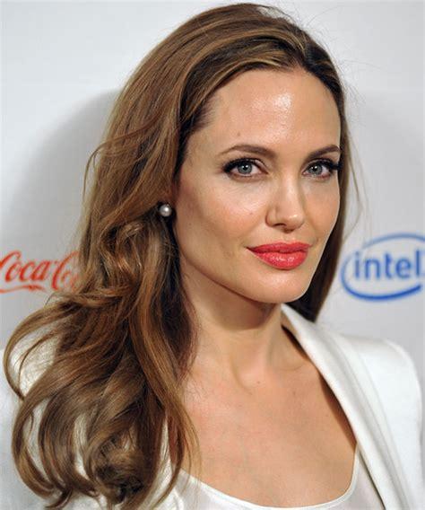 Angelina Jolie <a  href=