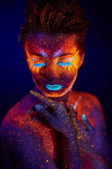 boom chicka pop colors uv portrait  pavel reband