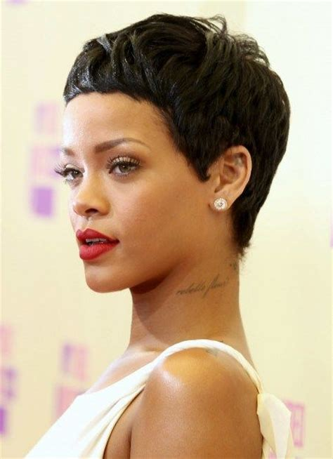 16 Rocking The Pixie Cut by Best 25 Rihanna Pixie Cut Ideas On