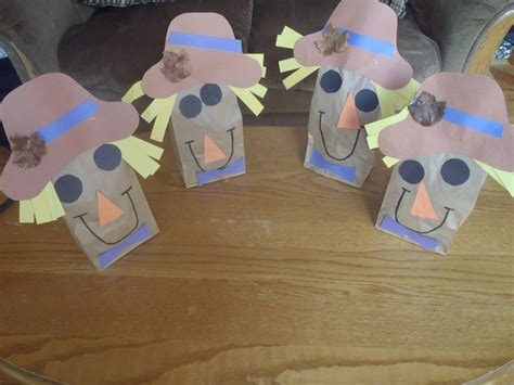 Paper Bag Scarecrow Craft For Preschoolers - 35 best images about scarecrows on wood