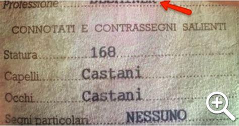 comune di como ufficio anagrafe il comico errore sulla carta d identit 192 veramente incredibile