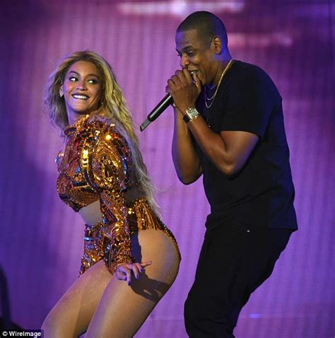 jay z and beyonce perform at star studded tidal show cbs beyonce and jay z host secret star studded oscars after