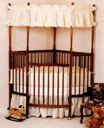 Corner Cribs For by Corner Baby Cribs Are Great Space Savers For Small Nurseries