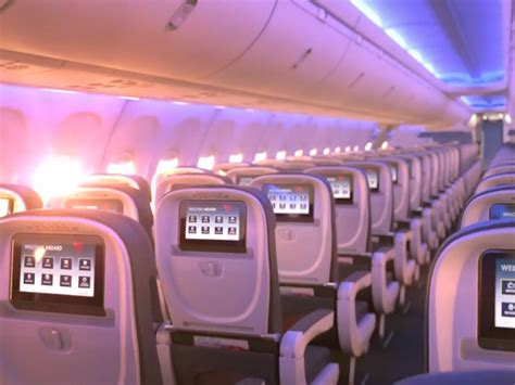 delta basic economy passengers    bag fee