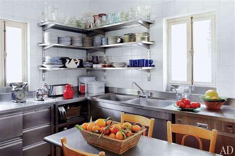 mensole in acciaio per cucina arredare con mensole e ripiani foto 10 40 design mag