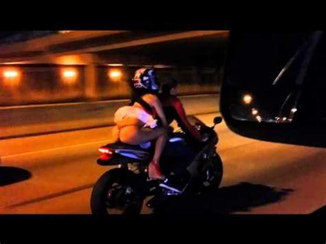 Crotch Rocket Meme - chica en moto ense 241 a calzones atraccion360