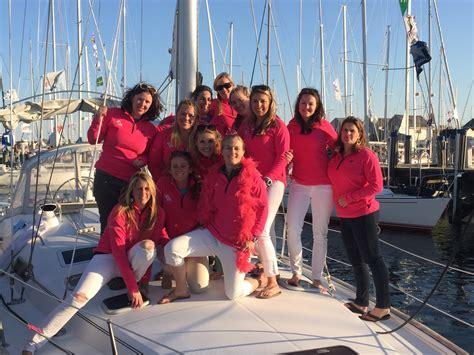 figawi  women  sailing scuttlebutt