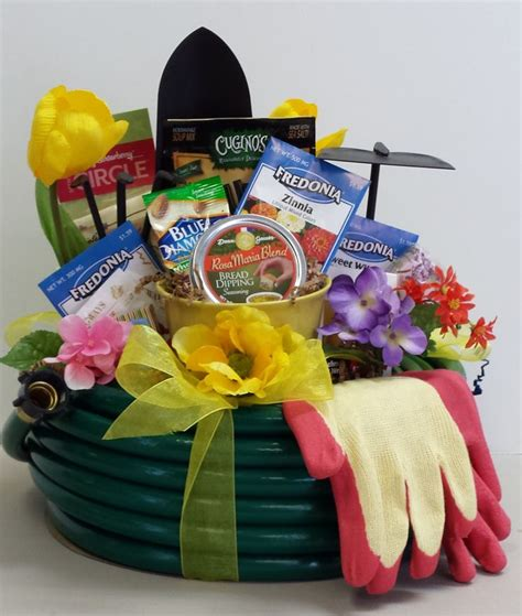 Garden Gift Basket Ideas 5 Creative S Day Gifts From The Daley Decor With Debbe Daley