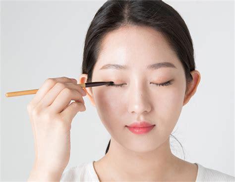 Makeup Innisfree innisfree tool eye shadow brush contouring