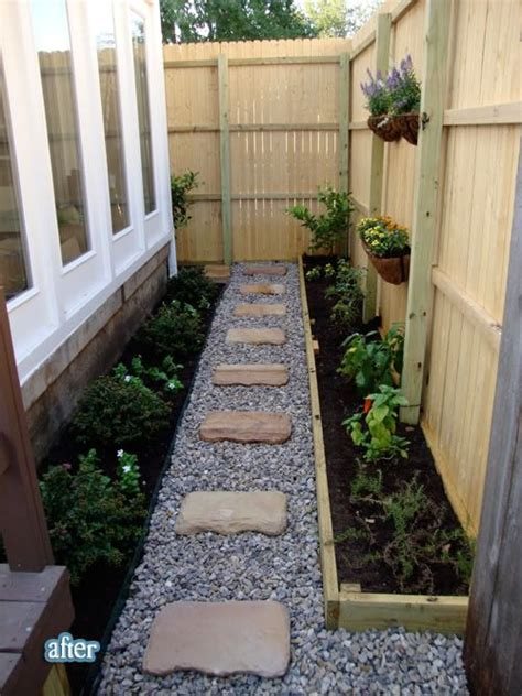 small space landscaping sideyard outdoor decore pinterest gardens on the side and walkways