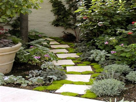 paving ideas for small gardens best pavers for walkway small garden pathway ideas garden
