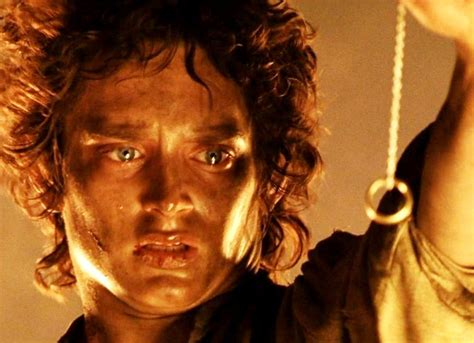amazon lord of the rings amazon plans to make lord of the rings tv adaptation