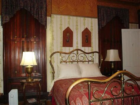bed and breakfast cincinnati ohio the parker house bed and breakfast b b reviews price
