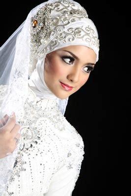 tutorial jilbab kreasi pengantin 10 ide jilbab pengantin tutorial hijab