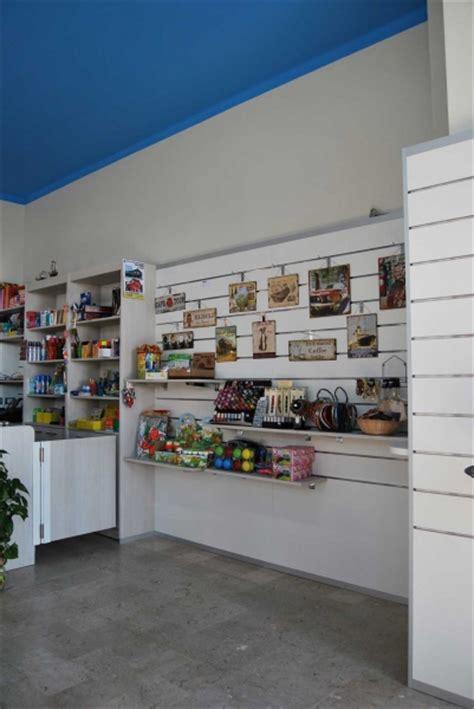 af arredamenti arredamento edicola e cartoleria progettazione e produzione