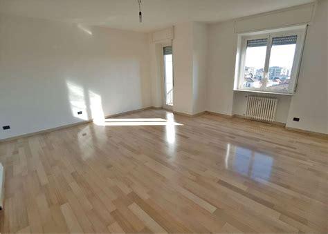 appartamento saronno casa saronno appartamenti e in vendita
