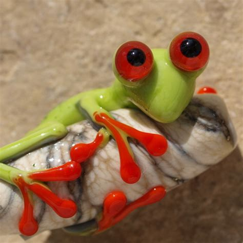 Bead Jewelry Making Classes - tropical tree frog