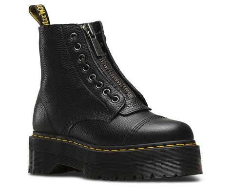 Rugged Boots For Women Sinclair Women S Boots Official Dr Martens Store