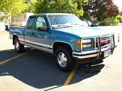 old car repair manuals 1997 gmc 1500 club coupe transmission control service manual 1997 gmc 2500 club coupe steering shaft u joint replace 1997 gmc 1500 club