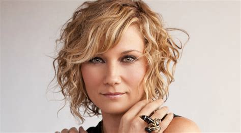 Decor And Floor by Jennifer Nettles Rushed To Hospital After Horrible