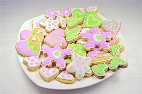 resep membuat icing kue kering resep membuat butter cookies royal icing spesial nikmat