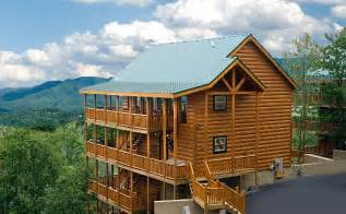 Bedroom cabin rental in pigeon forge tennessee usa bashful bear