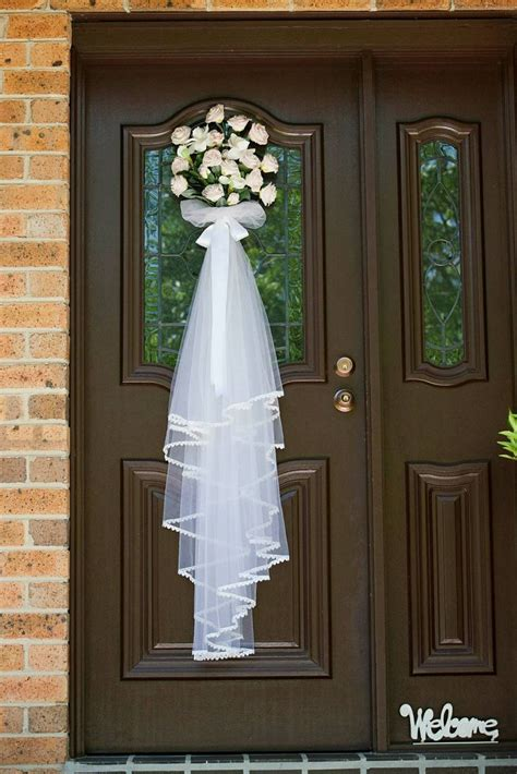 1000 images about house wedding decorations on deco mesh winter white and wedding