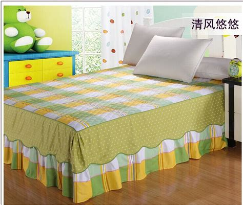 Bed Cover 150cm X200 Cm 2014 new 180x200cm bed clothes free shipping 150x200cm cotton bed sheet printed bed spread soft