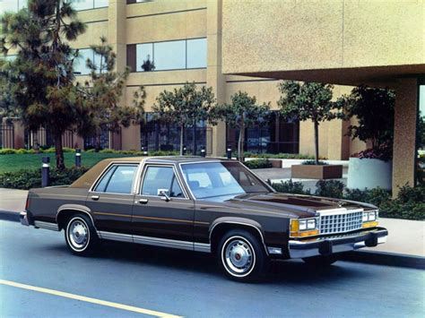 how make cars 1987 ford ltd crown victoria navigation system ford ltd crown victoria 1983 1987 ford ltd crown victoria 1983 1987 photo 03 car in pictures