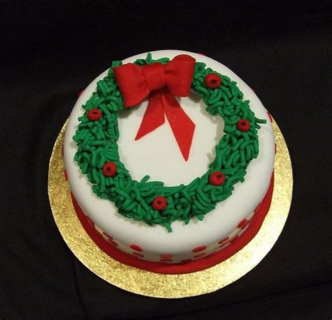 beauty and the best christmas cakes