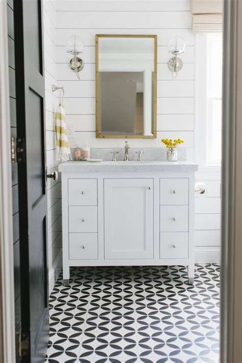 lynwood remodel guest bathroom black and white tiles