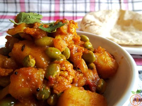 authentic vegetarian indian recipes authentic aloo gobi curry cauliflower potato curry