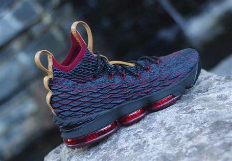Sepatu Basket Nike Lebron 15 Volcano Replika Box Original nike lebron 15 cavs media day sneaker bar detroit