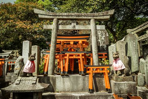Find In Japan An Explorer S Guide 8 Things You Will Find Inside A Shinto Shrine In Japan