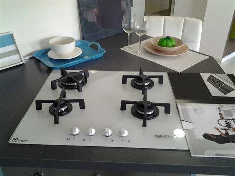 piano cottura cristallo lube cucine cucina swing scontato 53 cucine a