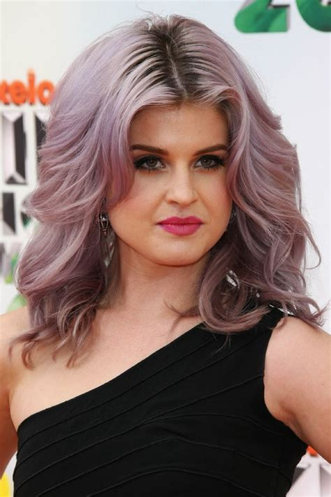what product is used to color kelly osborne hair kelly osbourne s hairstyles hair colors steal her style