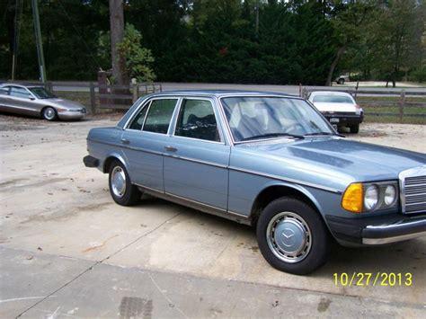 1978 Mercedes 300d by 1978 Mercedes 300d Capacity