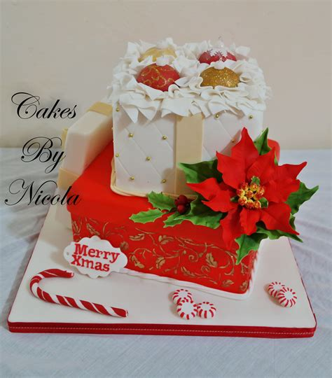 christmas gift box fondant cake gift box cake every thing is edible made with gumpaste and fondant cakecentral