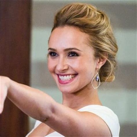 Wedding Hair Accessories Nashville by Juliette Barnes Hayden Panettiere On Nashville Updo