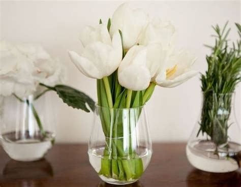 Wine Glass Vase Flower Arrangement by 17 Best Images About Stemless Wine Glasses On