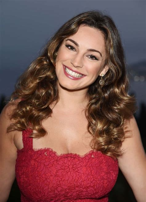 hyundai commercial actress red dress kelly brook looks gorgeous in stunning red dress as she