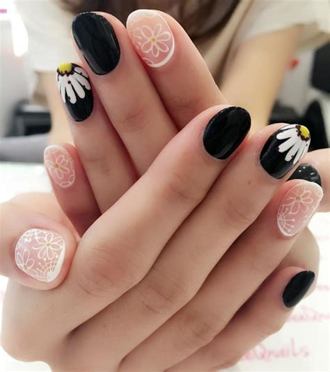 Nail Designs For Medium Nails by 20 Creative Nail Designs Ideas Design Trends