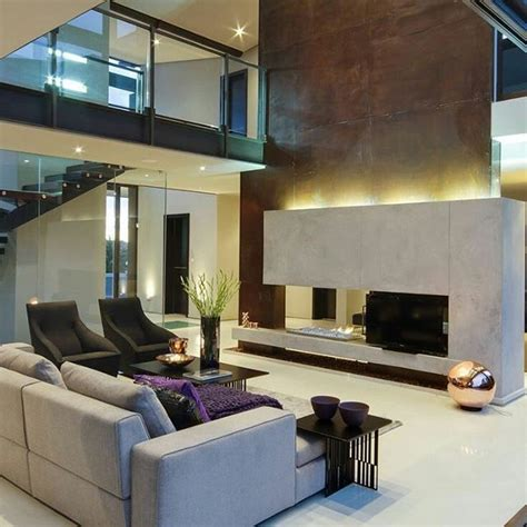 decoração sala de estar azul e marrom 25 melhores ideias sobre decora 231 227 o sof 225 marrom no