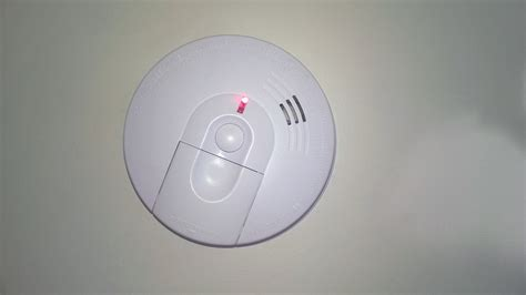 green light on kidde smoke detector green light on kidde smoke detector 28 images